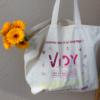 sac en coton bio avec des fleurs